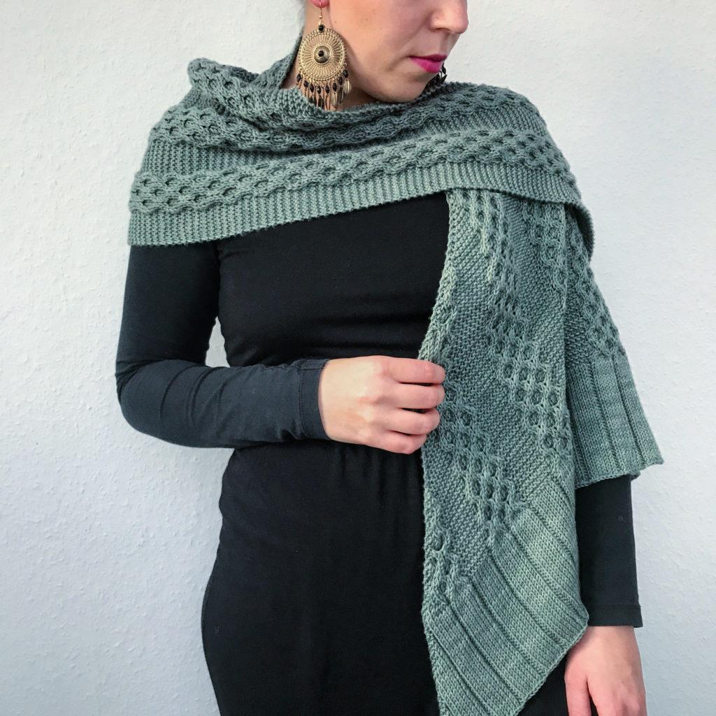 cable knitting shawl pattern honeycomb