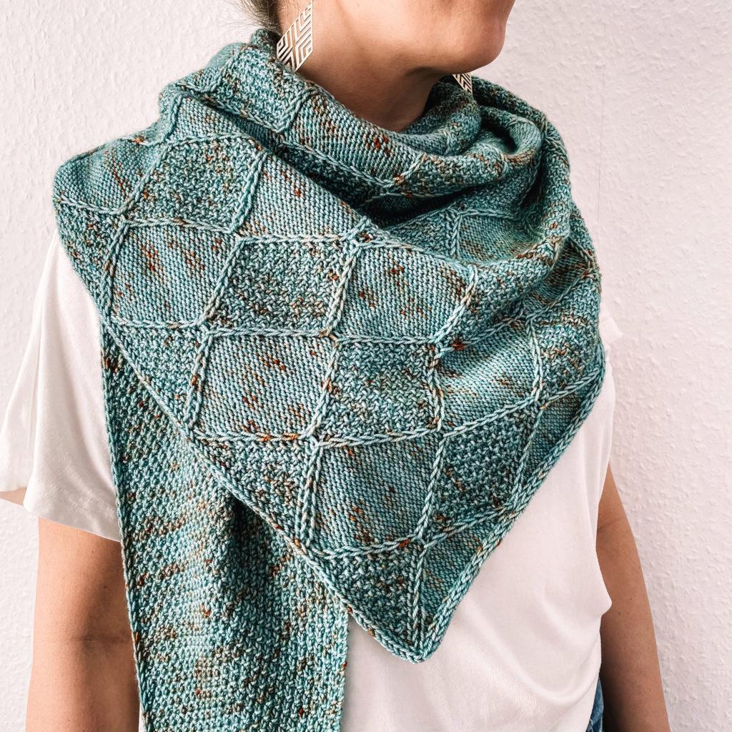stricken knitting shawl